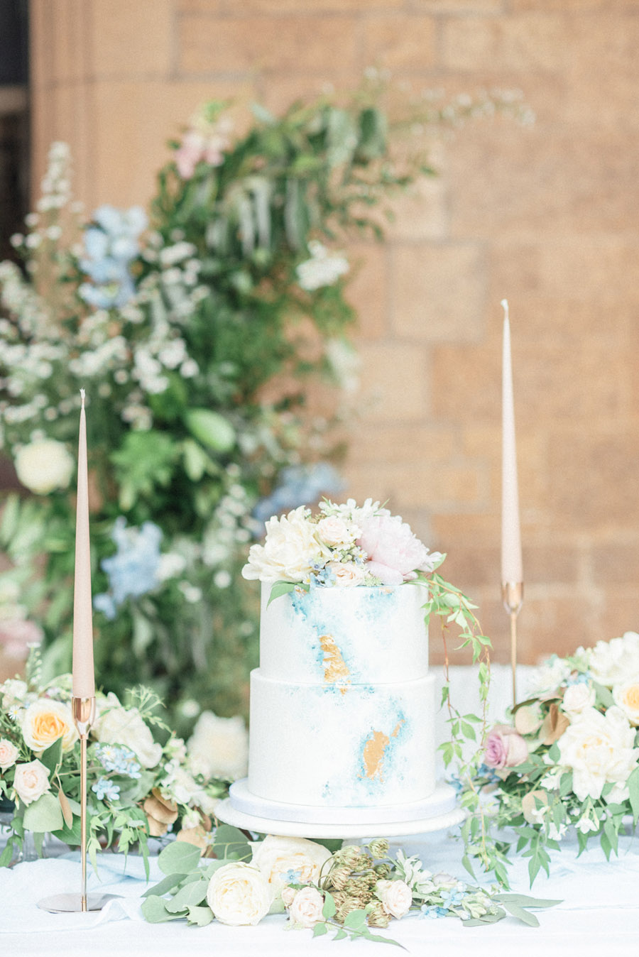 French Manor Styled Wedding Shoot in delicate blues, with Hannah McClune Photography on English Wedding Blog (39)