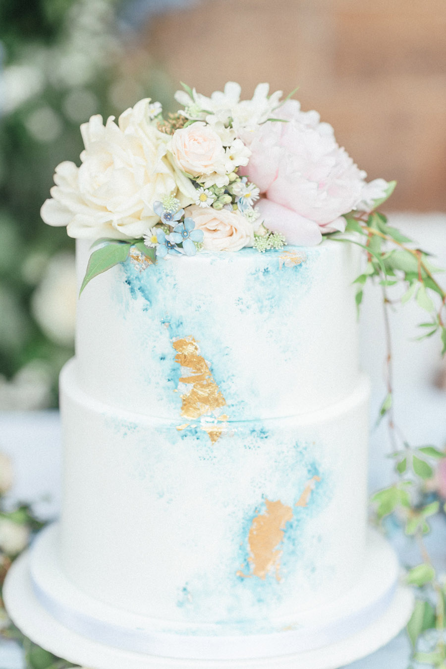French Manor Styled Wedding Shoot in delicate blues, with Hannah McClune Photography on English Wedding Blog (42)