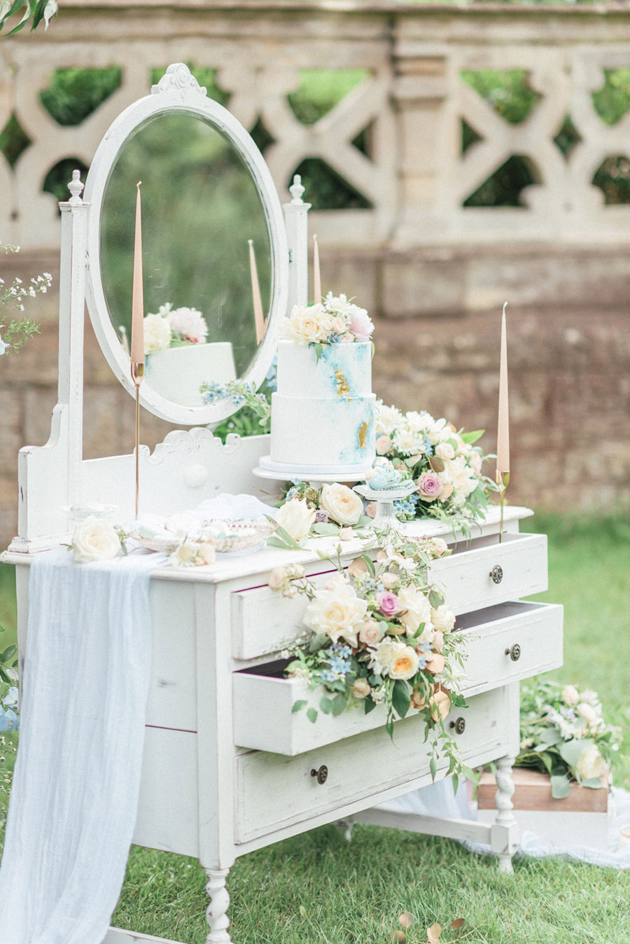 French Manor Styled Wedding Shoot in delicate blues, with Hannah McClune Photography on English Wedding Blog (51)
