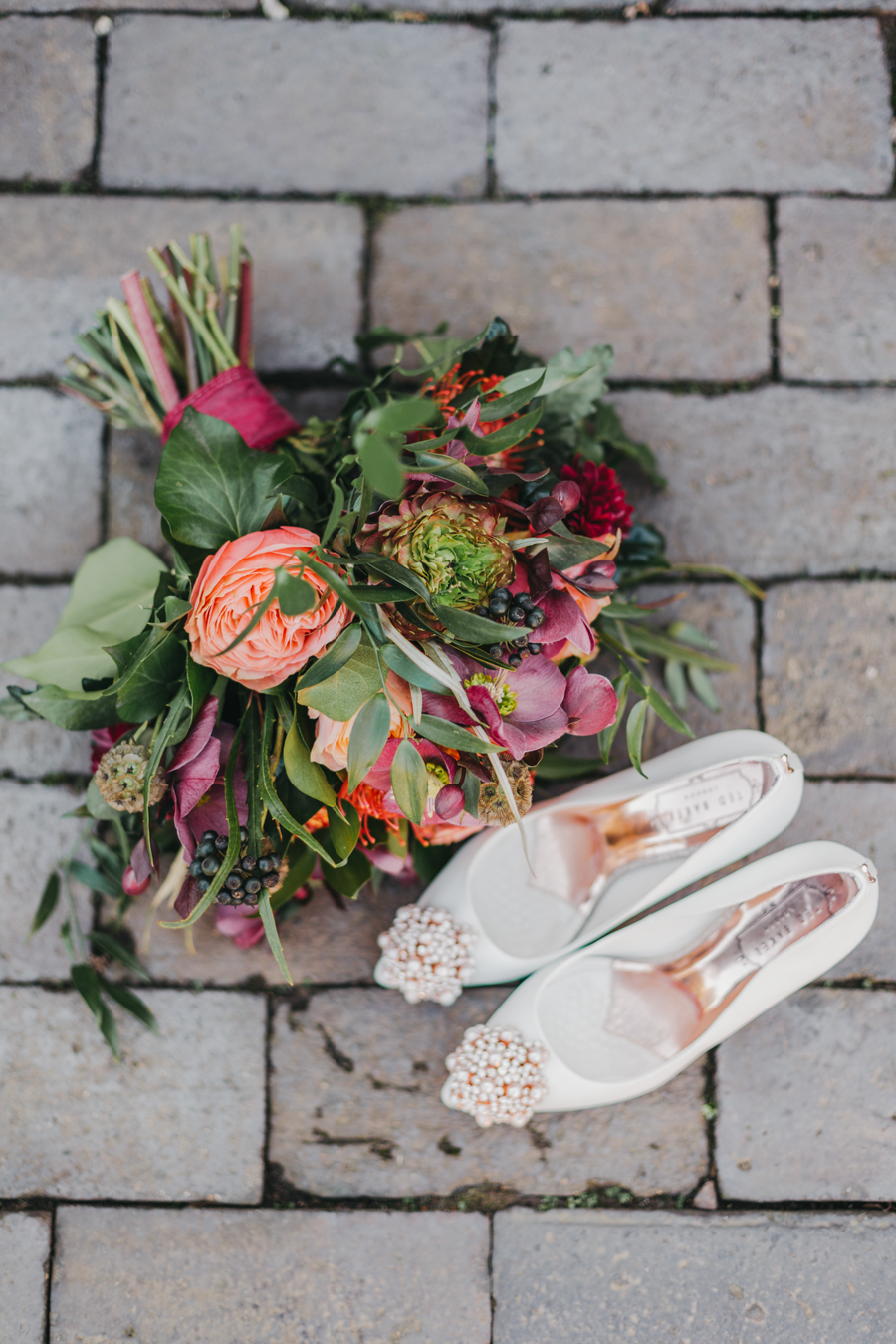 Sophie & Chris's beautiful English wedding at Curradine Barns, with Nellie Photography (13)