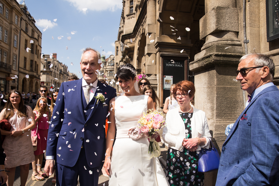 Dorothée and Lee's Oxford wedding, with Hannah Larkin Photography (13)