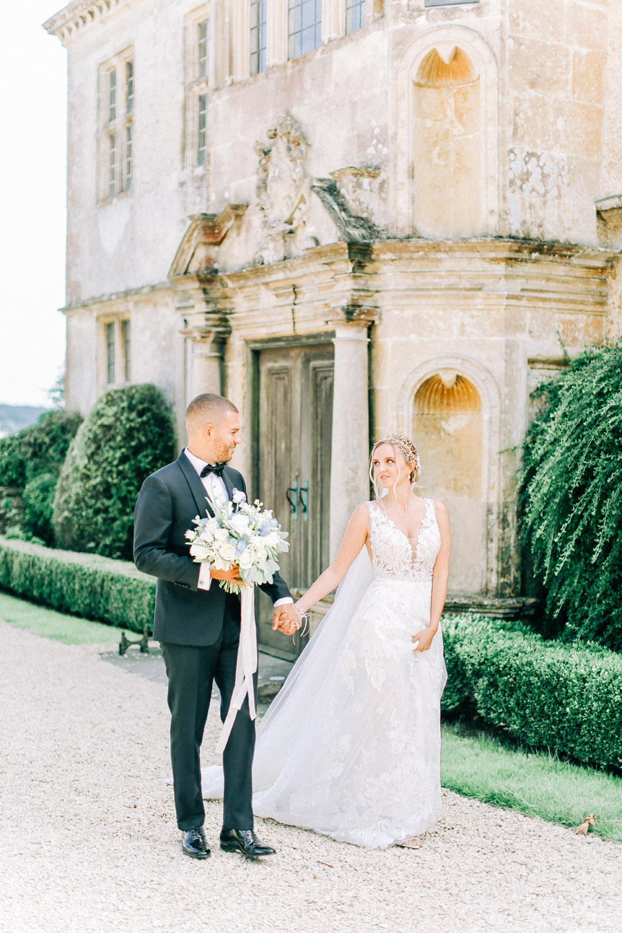 Enchanted Fairytale inspired shoot at Hamswell House, photography credit Charlotte Wise, wedding planner Lucy Ann Reid (18)