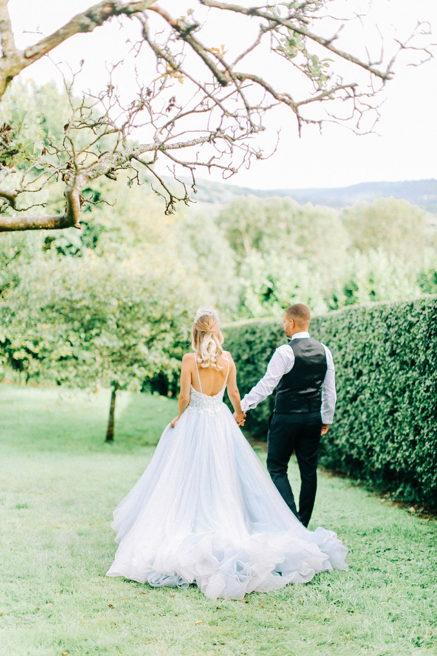 Enchanted Fairytale inspired shoot at Hamswell House, photography credit Charlotte Wise, wedding planner Lucy Ann Reid (30)