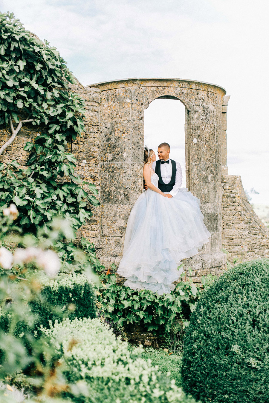 Enchanted Fairytale inspired shoot at Hamswell House, photography credit Charlotte Wise, wedding planner Lucy Ann Reid (32)