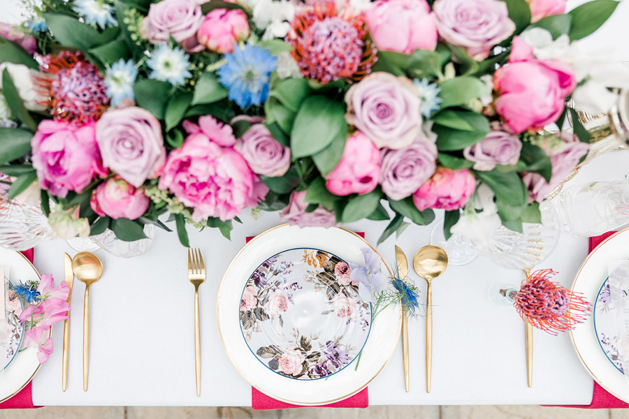 Modern intimate wedding styling inspiration from Slindon House, image credit Kelsie Scully (13)