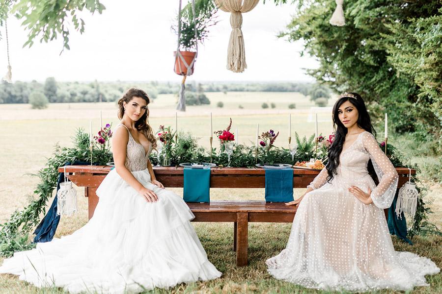 Modern Boho wedding style inspiration from Slindon House, photographer credit Kelsie Scully Photography (11)