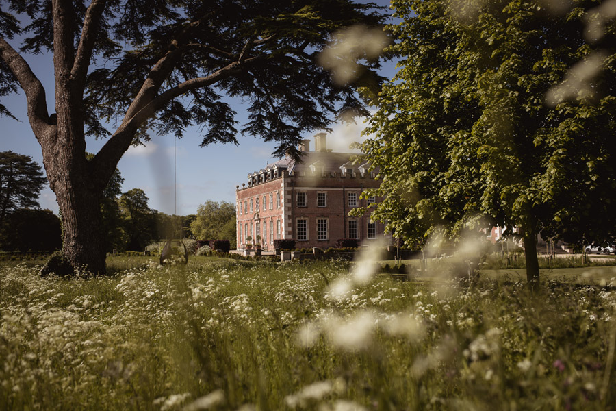 Abi & Chris's classic, timelessly beautiful St Giles House wedding, with Robin Goodlad Photography (1)