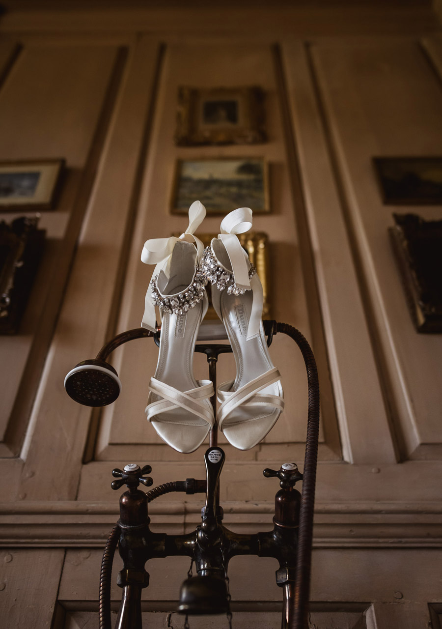 Abi & Chris's classic, timelessly beautiful St Giles House wedding, with Robin Goodlad Photography (3)