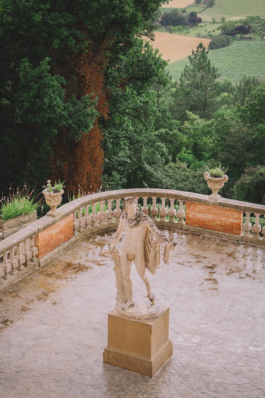 Promise me - lush green Italian wedding inspiration with an AMAZING sunset (10)