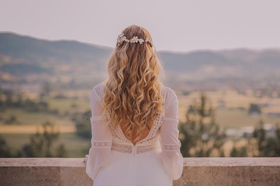Promise me - lush green Italian wedding inspiration with an AMAZING sunset (14)