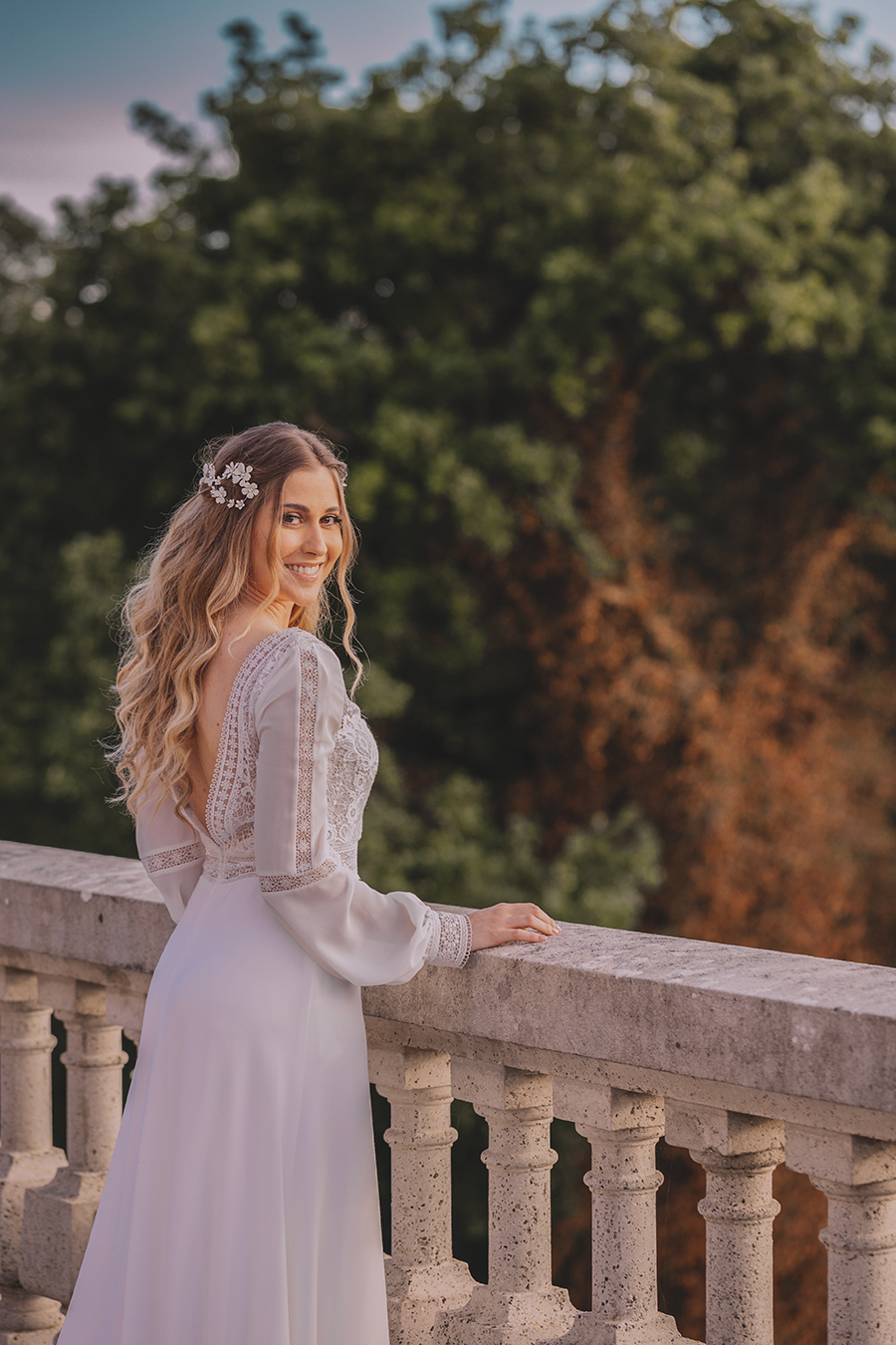 Promise me - lush green Italian wedding inspiration with an AMAZING sunset (15)
