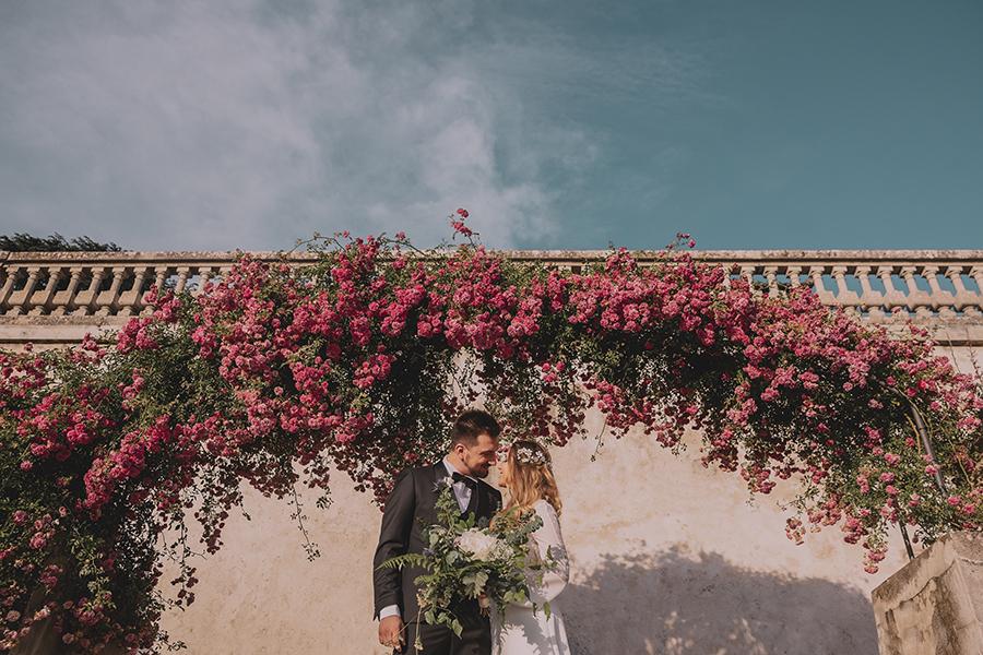 Promise me - lush green Italian wedding inspiration with an AMAZING sunset (17)