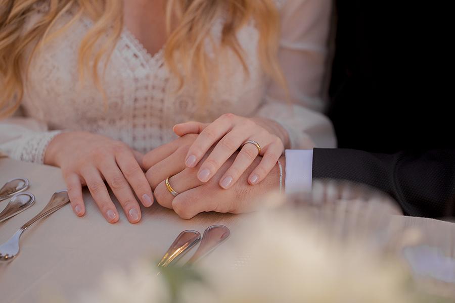 Promise me - lush green Italian wedding inspiration with an AMAZING sunset (39)