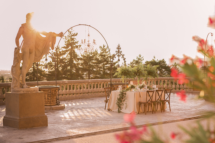 Promise me - lush green Italian wedding inspiration with an AMAZING sunset (41)