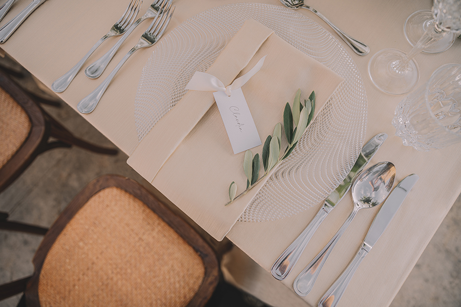 Promise me - lush green Italian wedding inspiration with an AMAZING sunset (48)