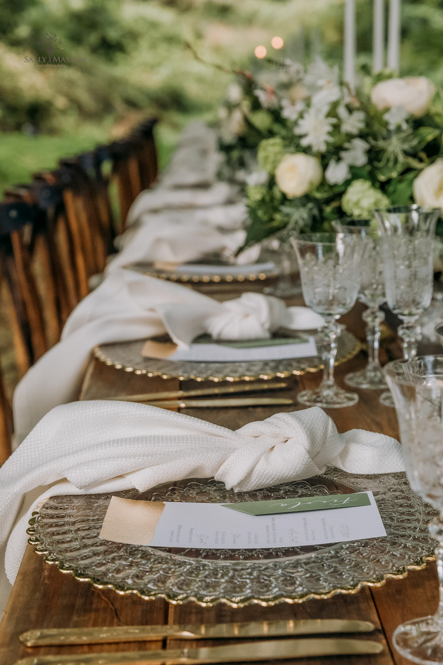 Beautiful wedding styling inspiration from The Gaddesden Estate in Hertfordshire (1)