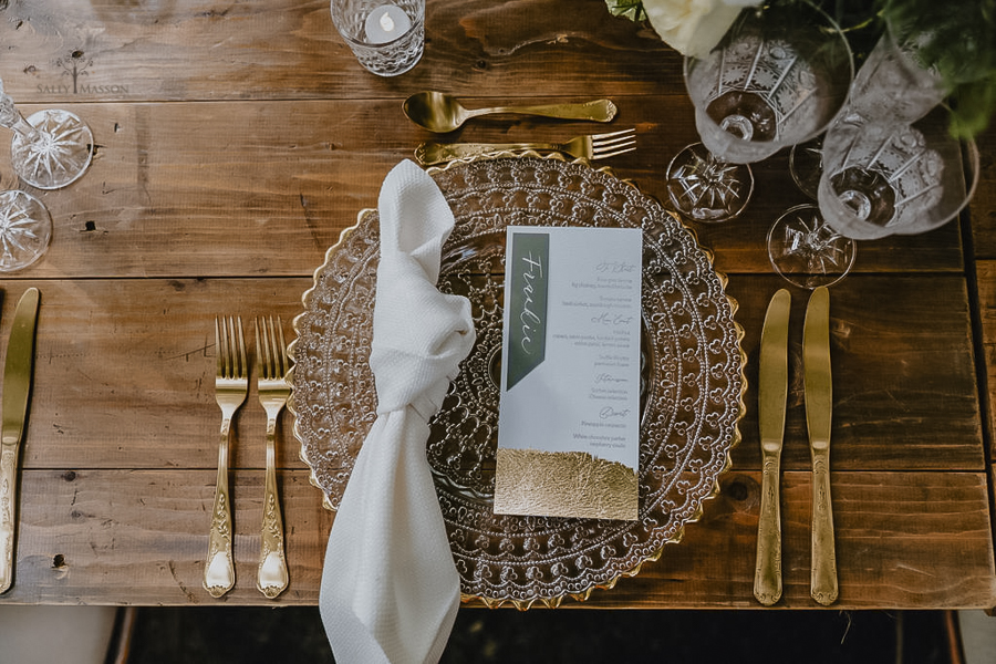 Beautiful wedding styling inspiration from The Gaddesden Estate in Hertfordshire (4)