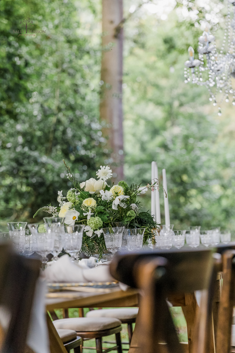 Beautiful wedding styling inspiration from The Gaddesden Estate in Hertfordshire (7)
