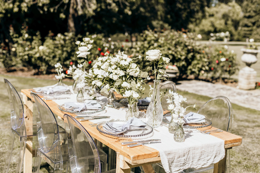 Luxe style inspiration for a small wedding, from Barnston Lodge. Photography credit Kate Boston (10)