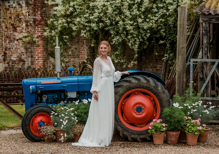 Beautiful wedding styling inspiration from The Gaddesden Estate in Hertfordshire (17)