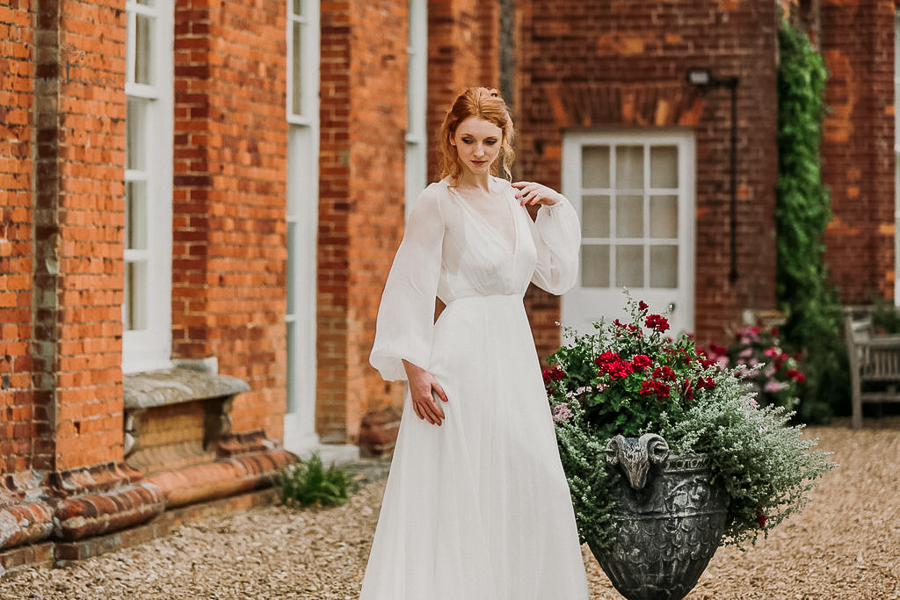 Beautiful wedding styling inspiration from The Gaddesden Estate in Hertfordshire (22)