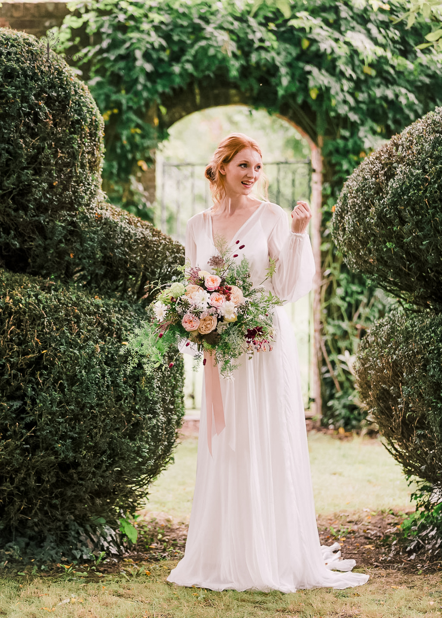 Beautiful wedding styling inspiration from The Gaddesden Estate in Hertfordshire (23)