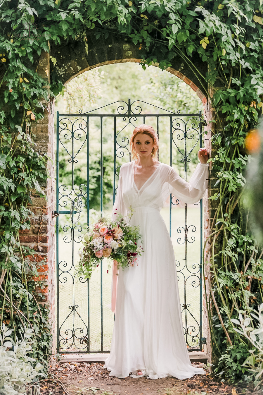 Beautiful wedding styling inspiration from The Gaddesden Estate in Hertfordshire (25)