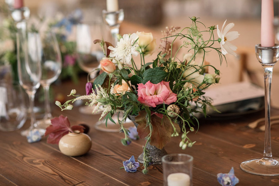 Evening sunset wedding inspiration at Willow Grange Farm, with Becky Harley Photography (12)