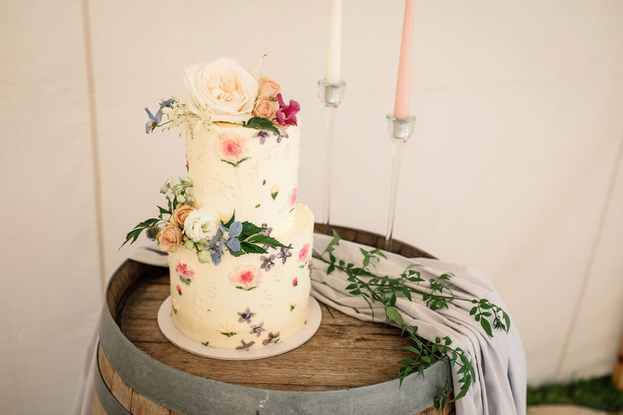 Evening sunset wedding inspiration at Willow Grange Farm, with Becky Harley Photography (17)