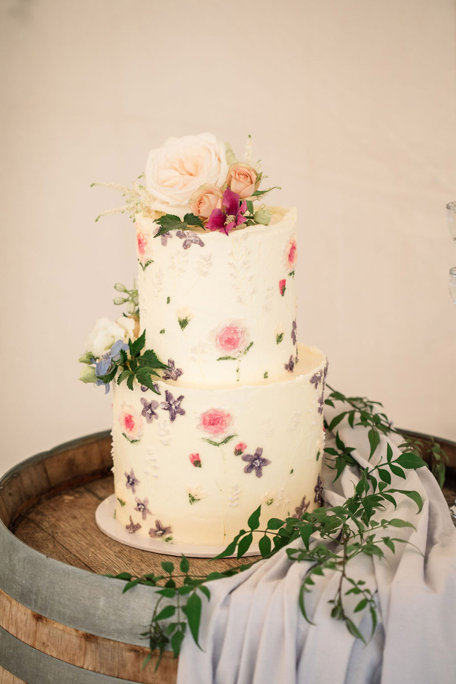 Evening sunset wedding inspiration at Willow Grange Farm, with Becky Harley Photography (19)