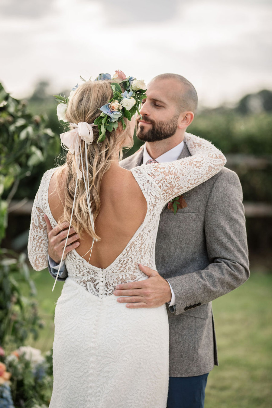 Evening sunset wedding inspiration at Willow Grange Farm, with Becky Harley Photography (28)