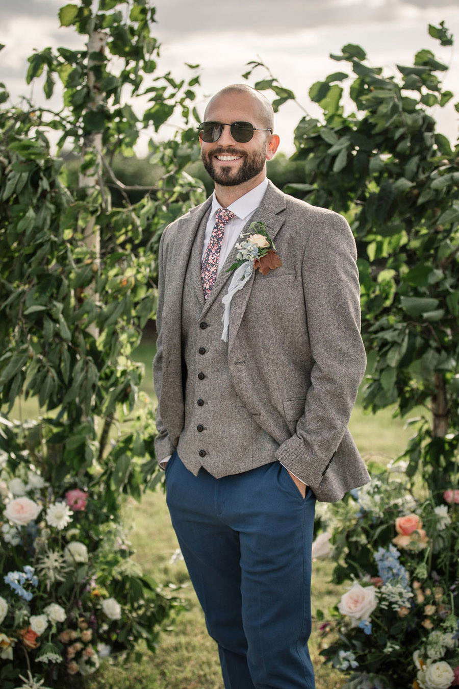 Evening sunset wedding inspiration at Willow Grange Farm, with Becky Harley Photography (29)