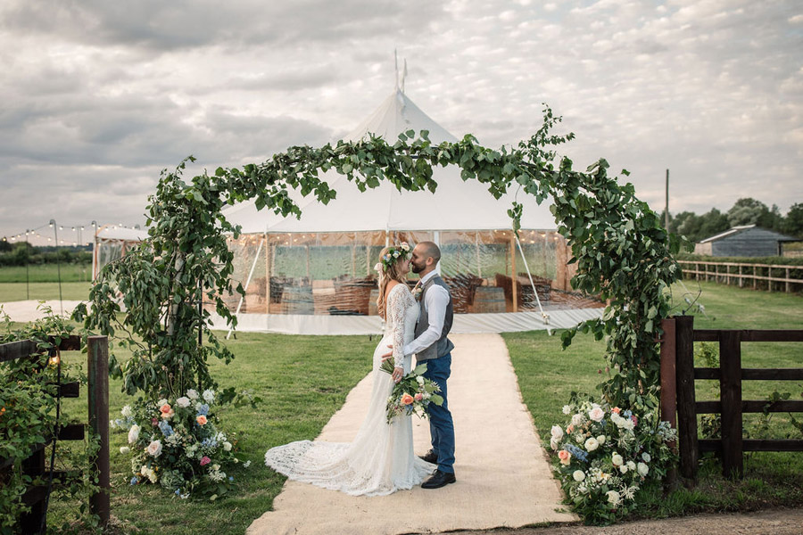 Evening sunset wedding inspiration at Willow Grange Farm, with Becky Harley Photography (46)