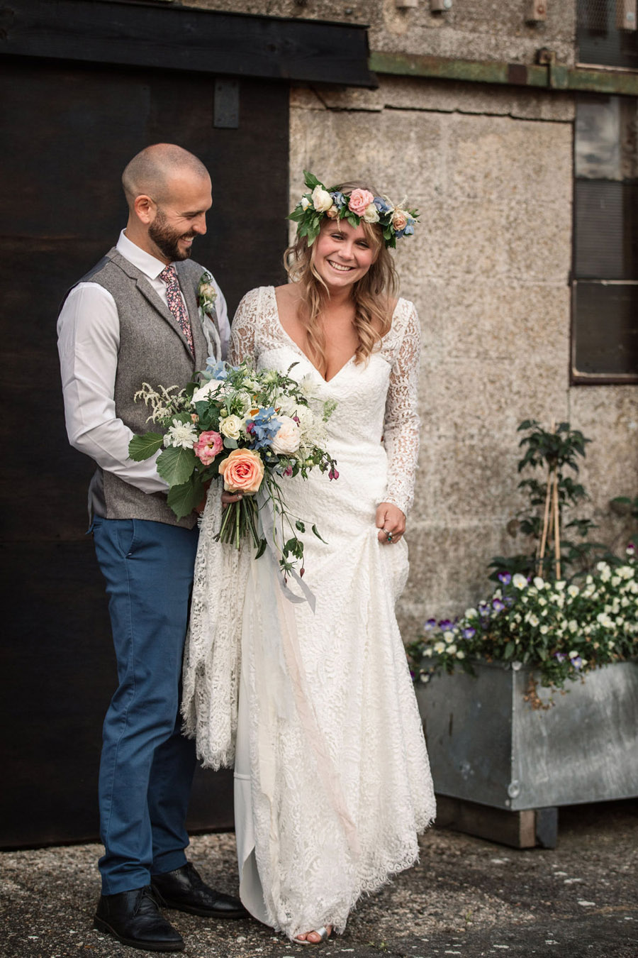 Evening sunset wedding inspiration at Willow Grange Farm, with Becky Harley Photography (48)