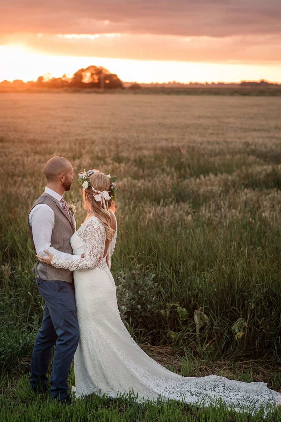 Evening sunset wedding inspiration at Willow Grange Farm, with Becky Harley Photography (53)