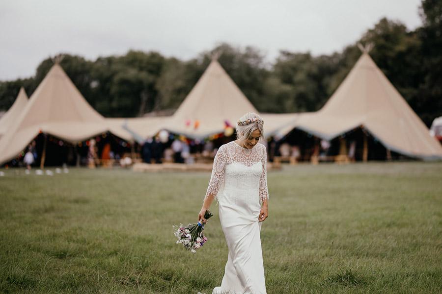 Laura & Dicky's amazingly creative tipi wedding, with Ellen J Photography (34)