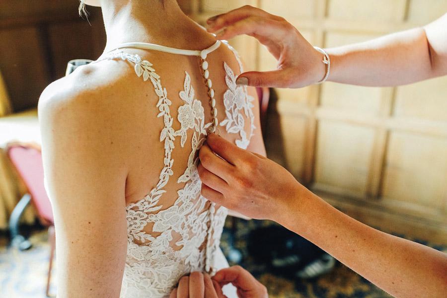 Rachel & Shaun's elegant and rustic Dumbleton Hall wedding, with JS Coates Photography (6)