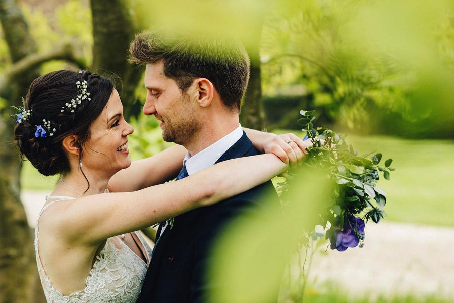 Rachel & Shaun's elegant and rustic Dumbleton Hall wedding, with JS Coates Photography (19)
