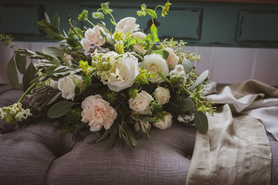 Elegant Romance at Thicket Priory, image credit Hannah Brooke Photography (9)