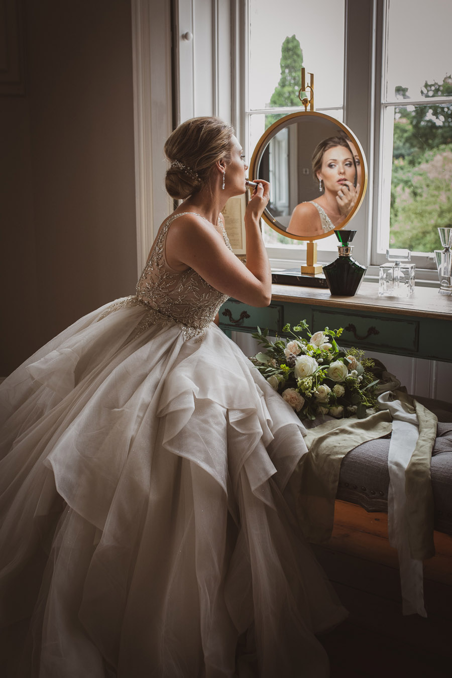 Elegant Romance at Thicket Priory, image credit Hannah Brooke Photography (12)