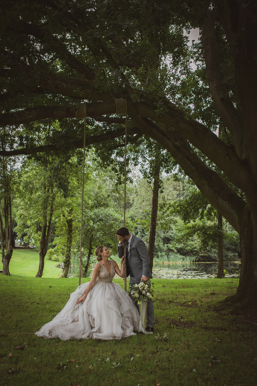 Elegant Romance at Thicket Priory, image credit Hannah Brooke Photography (33)