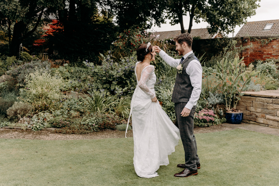 A vintage garden party wedding editorial from Derbyshire, with Willow and Rust, and images by ekr pictures (28)