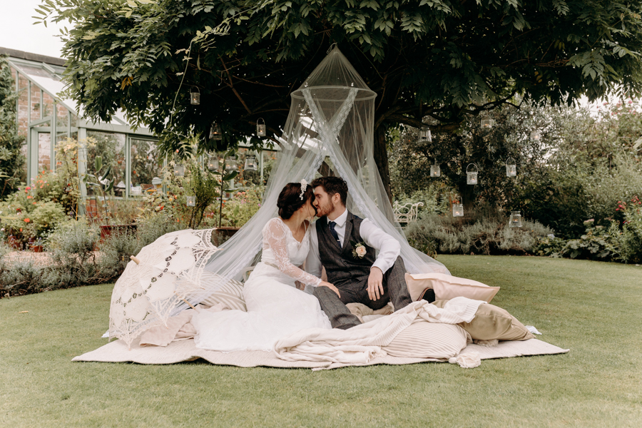 A vintage garden party wedding editorial from Derbyshire, with Willow and Rust, and images by ekr pictures (29)
