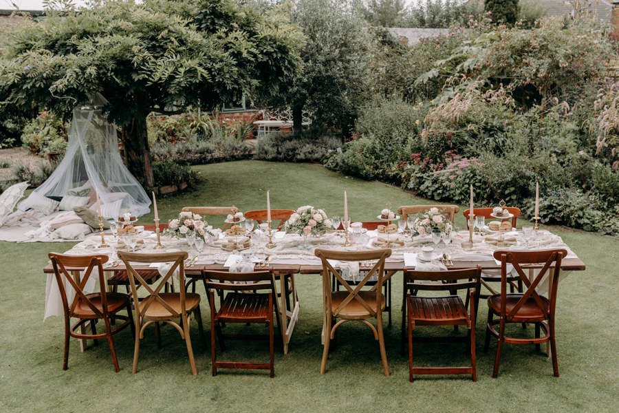A vintage garden party wedding editorial from Derbyshire, with Willow and Rust, and images by ekr pictures (7)
