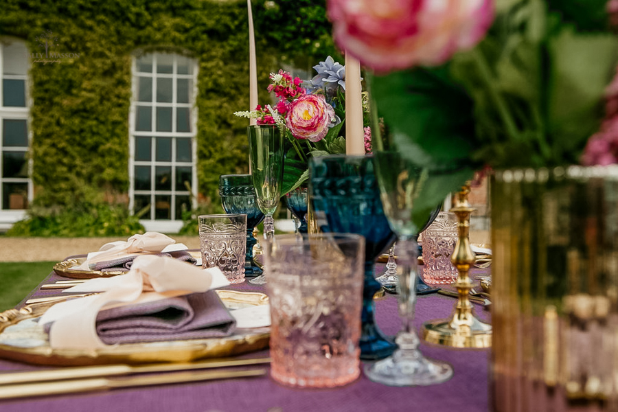 Beautiful wedding styling inspiration from The Gaddesden Estate in Hertfordshire (36)