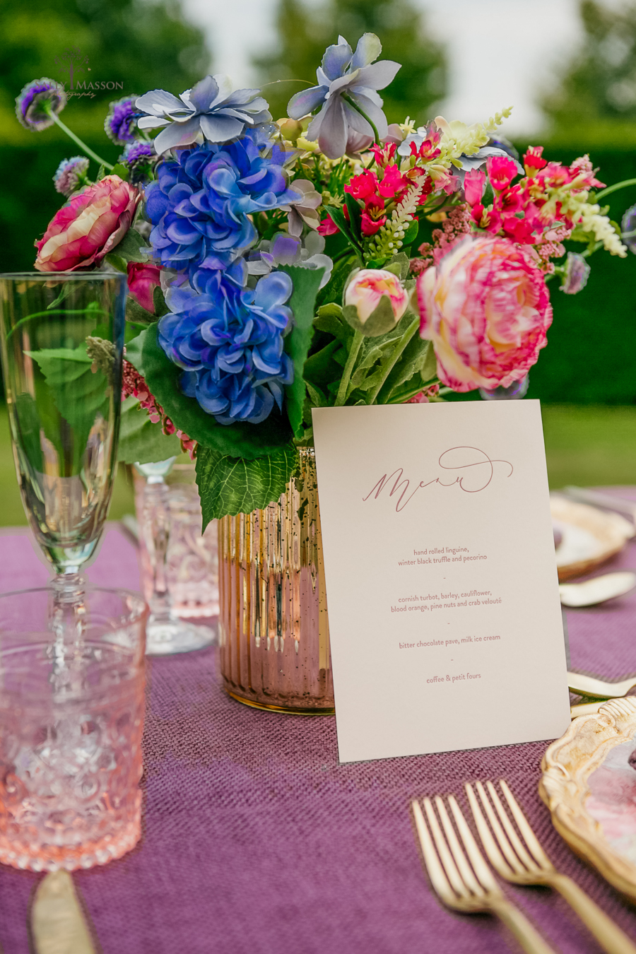 Beautiful wedding styling inspiration from The Gaddesden Estate in Hertfordshire (41)