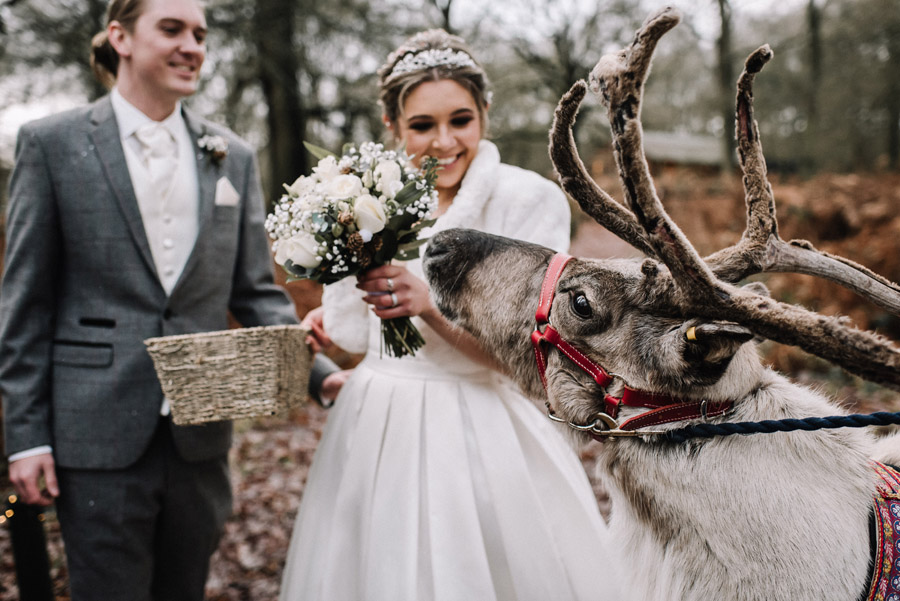 How to entertain Your Wedding Guests image credit Oobaloos Photography Cheltenham (7)
