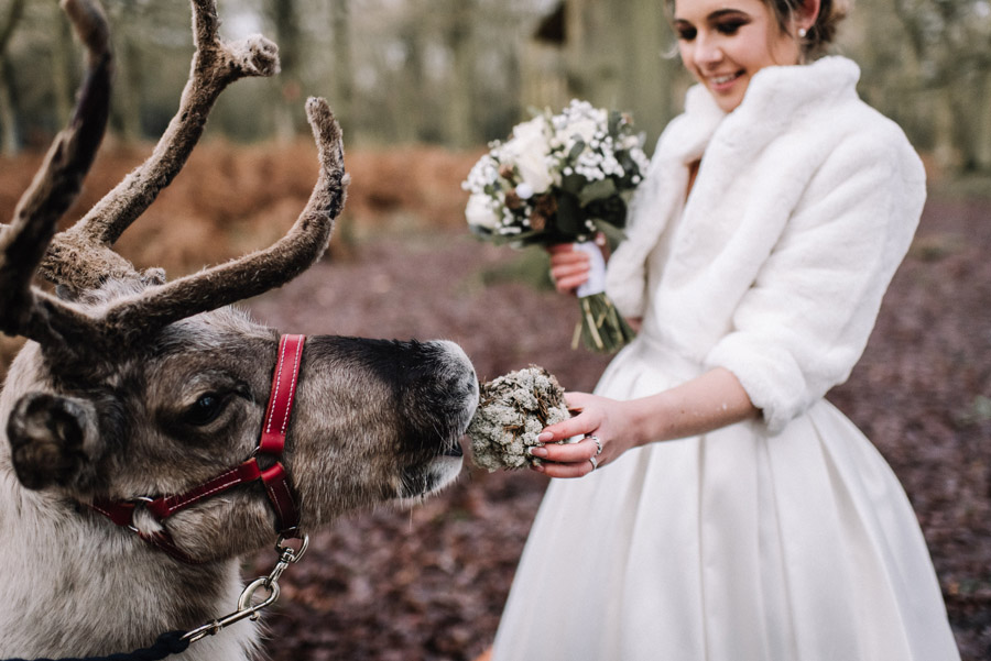 How to entertain Your Wedding Guests image credit Oobaloos Photography Cheltenham (6)