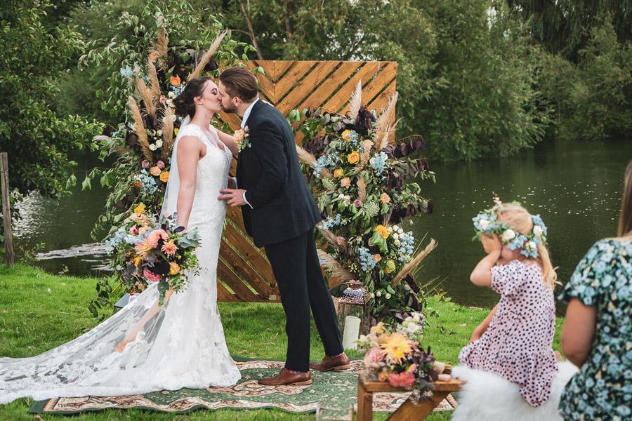 Sophisticated Boho - The New Intimate Wedding (7)