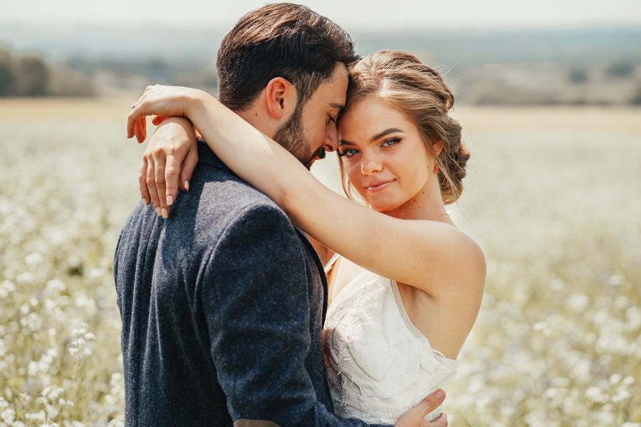 Romantically elegant styled shoot at Merriscourt (10)